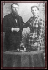 William Thomas and Elizabeth Barkley, moved to Gilbert in 1886.